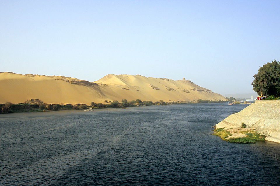 egypt and the nile Explore عالم التذوق الفنى fine art's board the nile river, egypt on pinterest | see more ideas about nile river, cairo egypt and party boats.