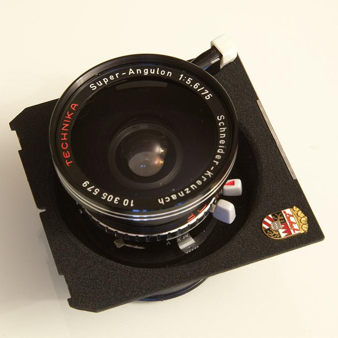 Schneider Kreuznach Super Angulon 5,6/75 lens