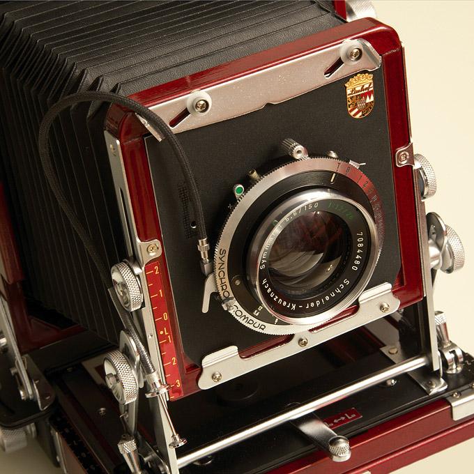 Symmar 5,6/150 convertible lens on a Tachihara 4x5 camera